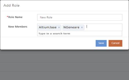 При необходимости добавьте существующего пользователя к новой роли. Наведите курсор мыши на изображение, чтобы увидеть, как будет отображена информация после сохранения/создания роли.