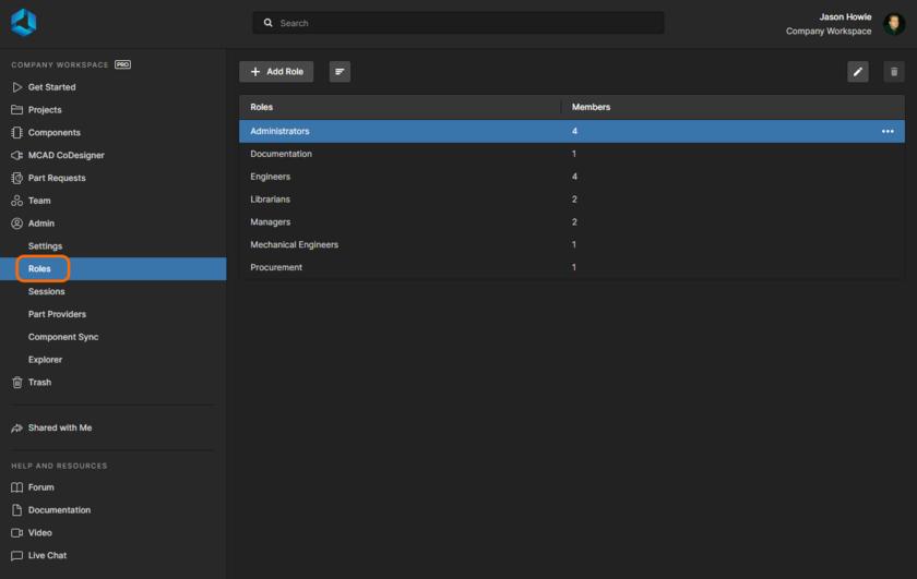 Доступ к ролям, заданным в Workspace, и управление ими осуществляется на странице Admin - Roles интерфейса.