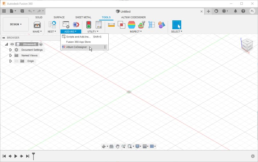 Панель CoDesigner можно отображать и скрывать с помощью кнопки или меню